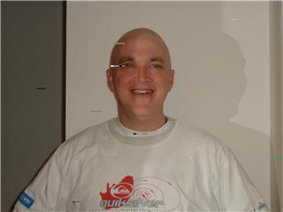 Mike_AtHome1MonthAfterTransplant_OnSteroids_Mar2005.jpg
